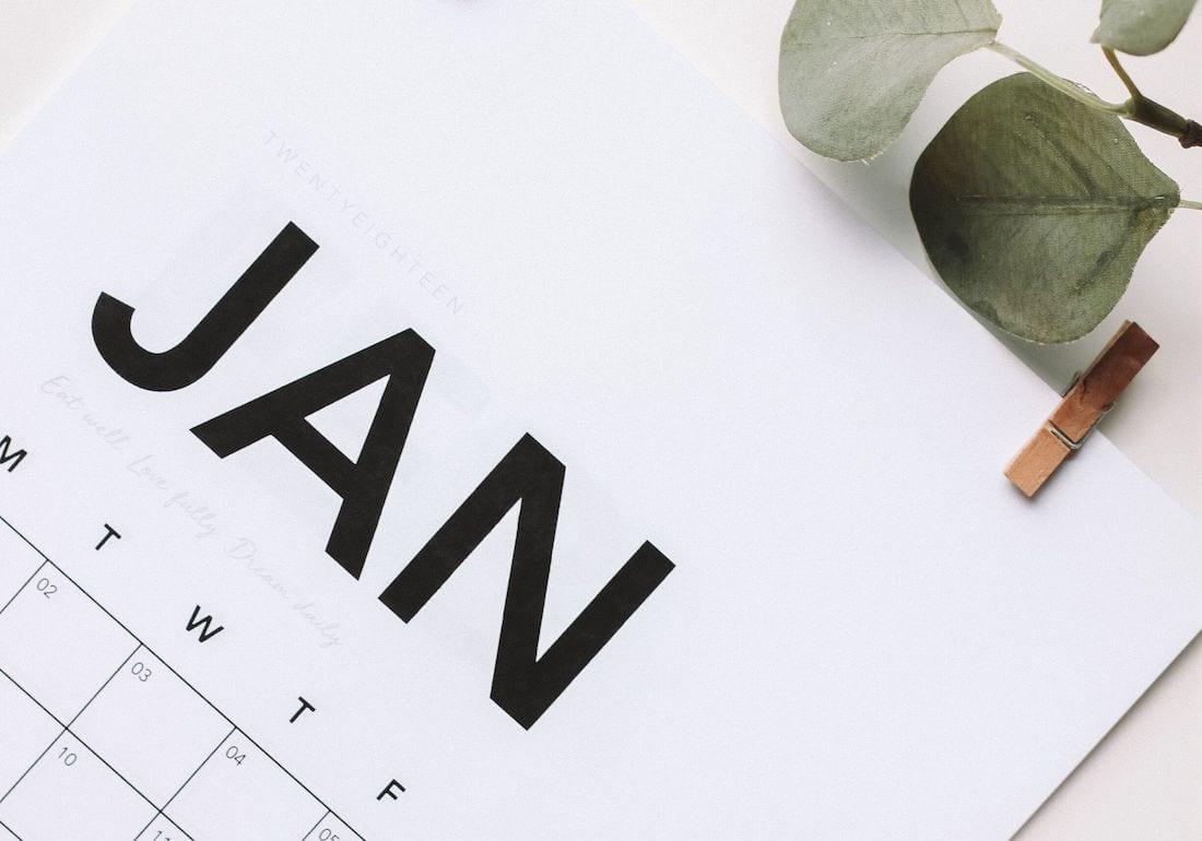 Jahresplaner für den Januar mit guten Vorsätzen